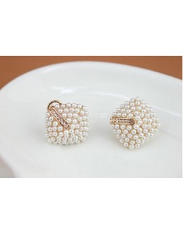 Square Temperament Type Stud Earrings
