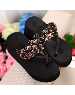 Stylish Comfortable Flip Flops for Women